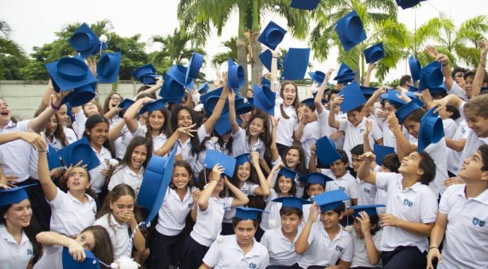 foto de La XII promoción a secundaria